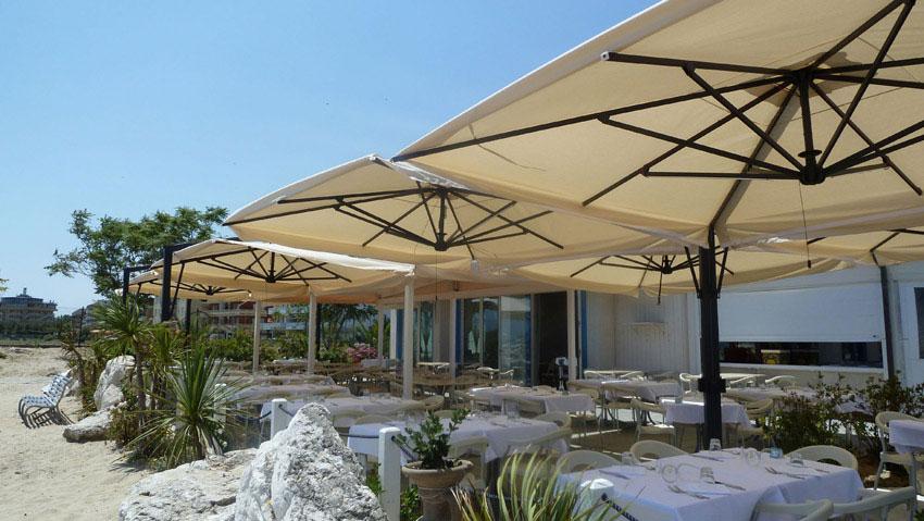 Ristorante ombrelloni gazebi e soluzioni per l 39 esterno for T green srl